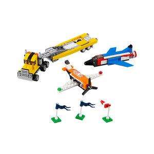 Buổi Biểu Diễn Trên Không Lego