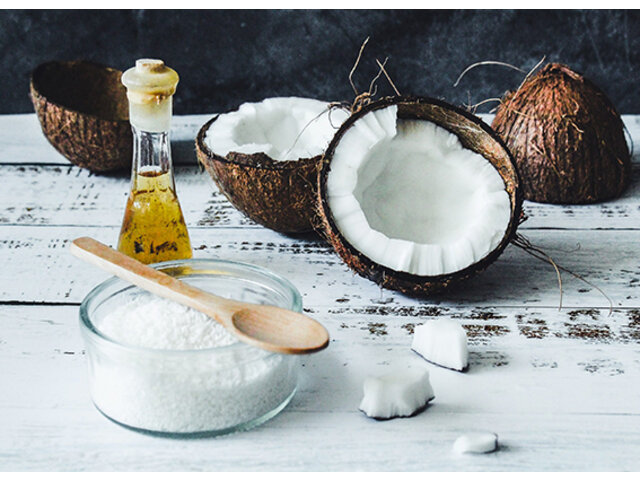 6 cách trị nám da bằng dầu dừa đơn giản ít người biết