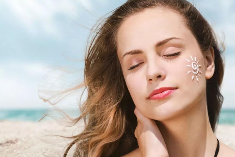 Cách chọn kem chống nắng giúp bảo vệ làn da khỏi tia cực tím hiệu quả 01