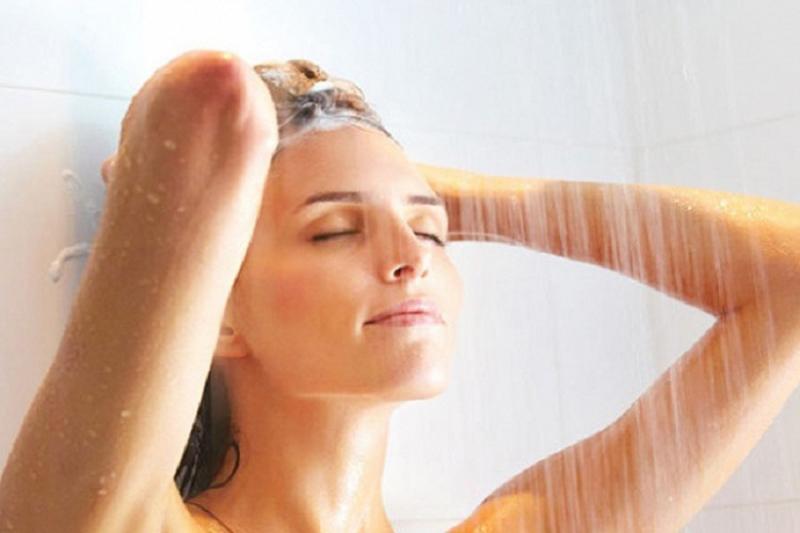 cách khử mùi cơ thể tiết kiệm