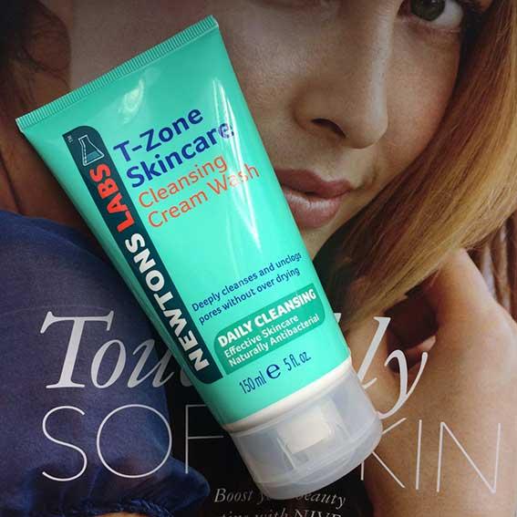 Sữa Rửa Mặt Làm Sạch Lỗ Chân Lông T-Zone Cleansing Cream Wash