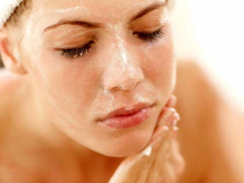 gel tẩy tế bào chết La Roche Posay Ultra Fine Scrub Sensitive Skin cho da nhạy cảm