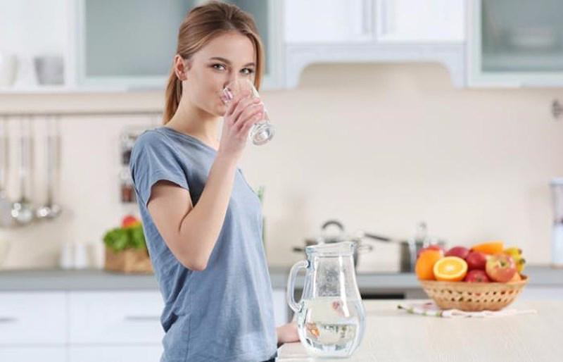 Cách chăm sóc da khô thiếu nước đơn giản với 5 bước