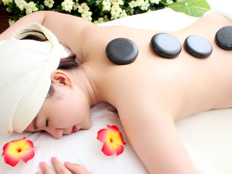 những công dụng tuyệt vời của massage đá nóng