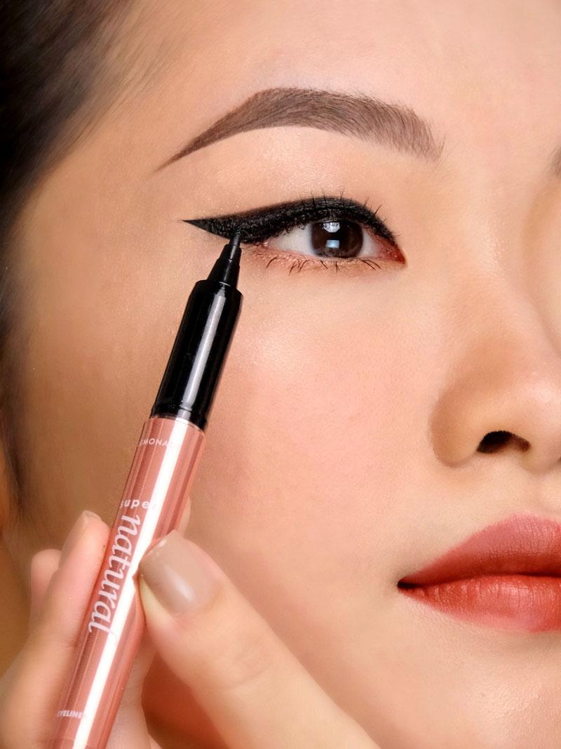 Bút Kẻ Mắt Lemonade SuperNatural Eyeliner phù hợp với phong cách tự nhiên cho đến mắt mèo cá tính