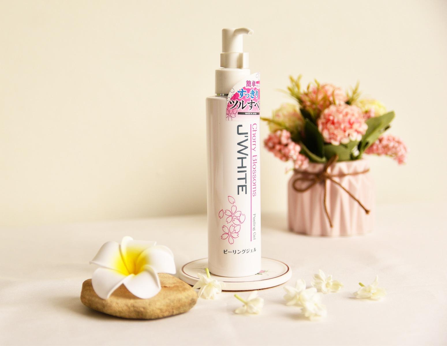 Gel Tẩy Tế Bào Chết Chiết Xuất Hoa Anh Đào J'WHITE Cherry Blossom Peeling Gel 150ml hiện đã có mặt tại Hasaki