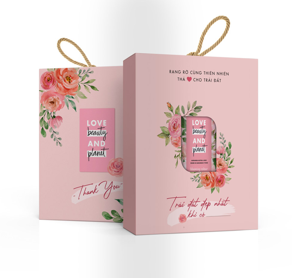 Hộp Quà Sữa Tắm Làm Sáng Da Love Beauty And Planet Majectic Glow Body Wash Gift Box 400ml