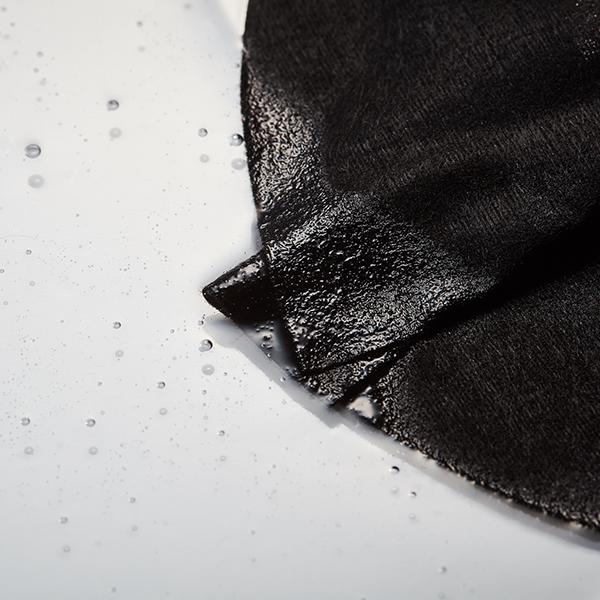 Mặt Nạ Klairs Midnight Blue Calming Sheet Mask chứa chiết xuất rau má giúp làm dịu da, giảm kích ứng