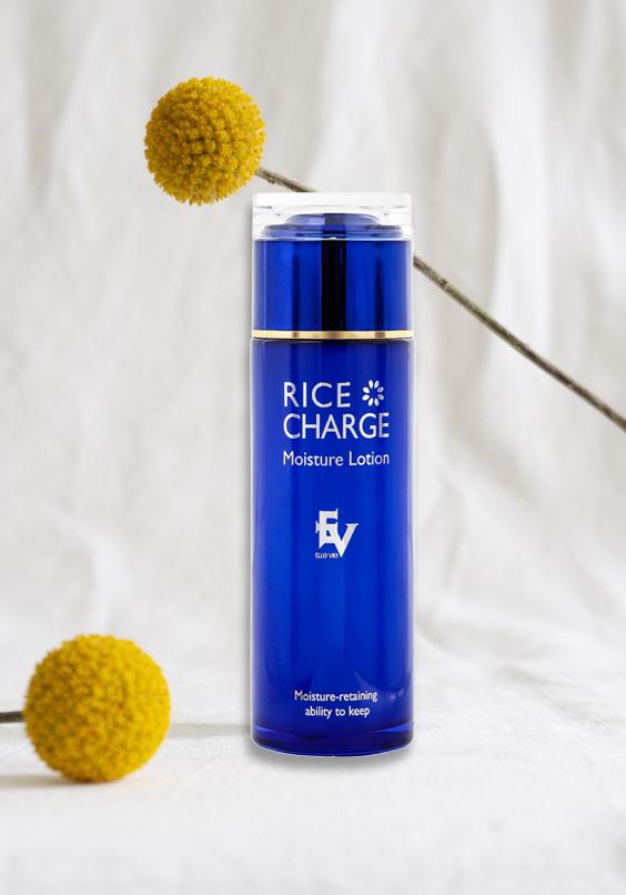 Nước Hoa Hồng Dưỡng Sáng Da Chiết Xuất Gạo ELLE VIE Rice Charge Moisture Lotion