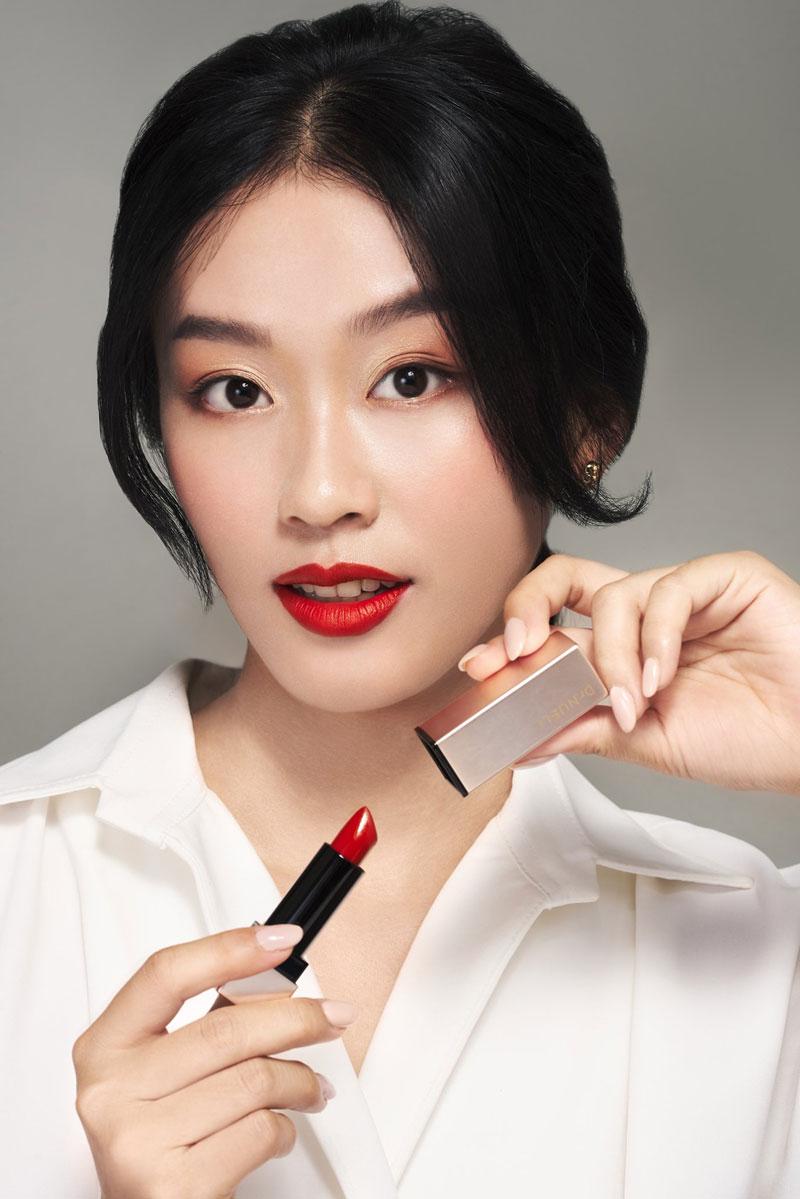 Mua Son Lì Dr.NUELL Matte Lipstick 04 Celeb Red Đỏ Lạnh tại Hasaki