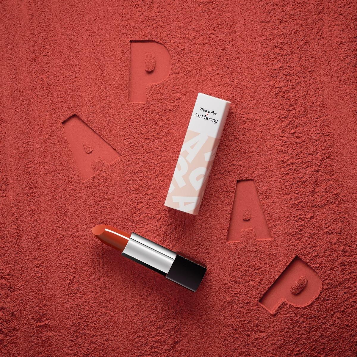 Son Thỏi Miracle Apo x An Phương Silky Satin Lipstick #26 Màu Cam Đỏ Gạch