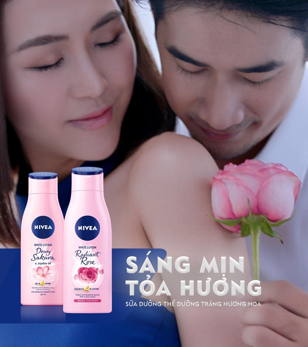 Sữa Dưỡng Thể Nivea White Lotion Dewy Sakura hương hoa anh đào tinh tế quyến rũ