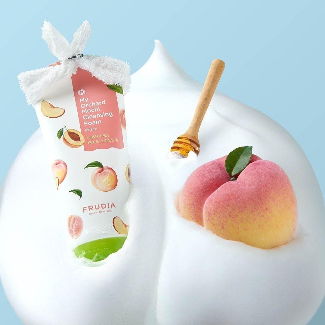 Sữa Rửa Mặt FRUDIA My Orchard Cleansing Foam chiết xuất Đào êm dịu cho da nhạy cảm