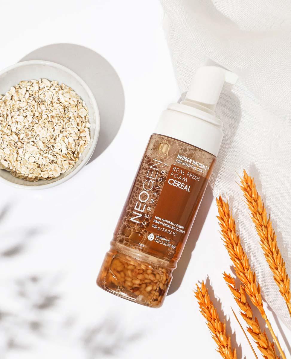 Sữa Rửa Mặt Tạo Bọt Neogen Dermalogy Real Fresh Foam Cleanser Cereal chiết xuất Ngũ Cốc