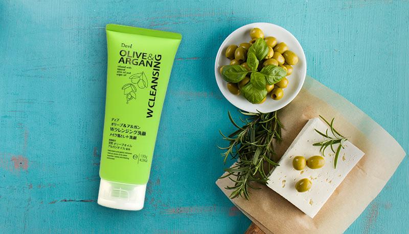 Sữa Rửa Mặt Tẩy Trang Kumano Deve Olive & Argan W Cleansing