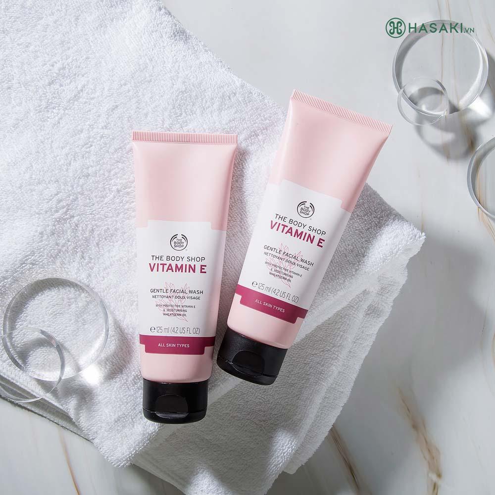 Sữa Rửa Mặt The Body Shop Vitamin E Gentle Facial Wash Dưỡng Ẩm Da