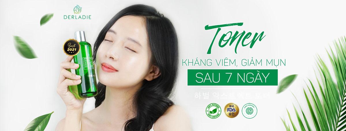 Nước Cân Bằng Derladie Herbal Extract Toner Tràm Trà Kháng Viêm, Giảm Mụn 150ml