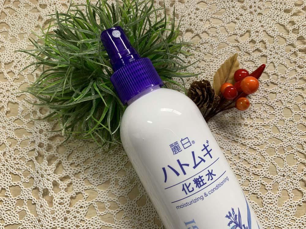 Xịt Khoáng Hatomugi The Mist Lotion chiết xuất hạt Ý Dĩ giúp dưỡng ẩm và làm sáng da