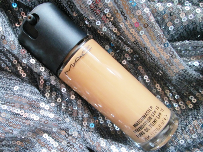 Kem Nền Mịn Lì MAC Matchmaster Foundation SPF 15 #1 35ml