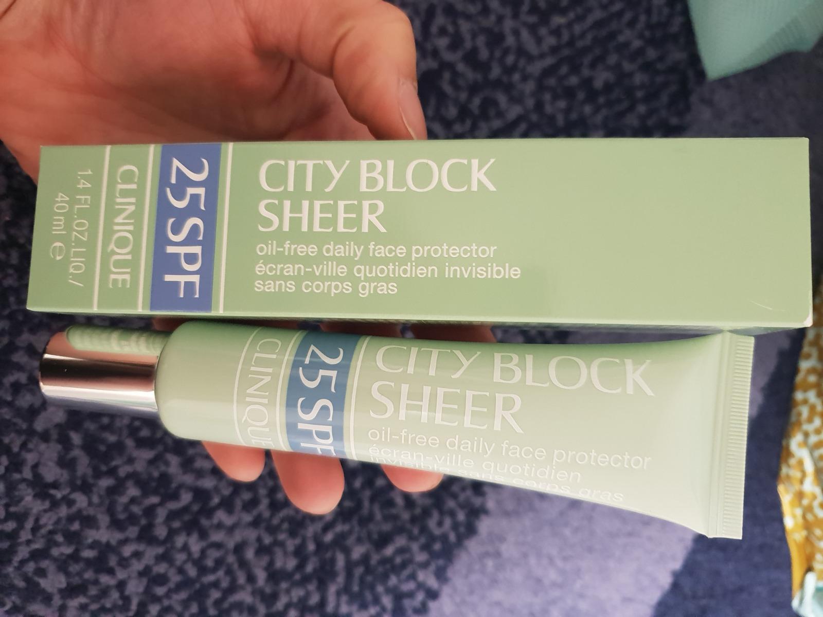 Kem Chống Nắng Có Màu Clinique Bảo Vệ Da Hằng Ngày City Block™ Sheer Oil-Free Daily Face Protector Broad Spectrum SPF 25 hằng ngày
