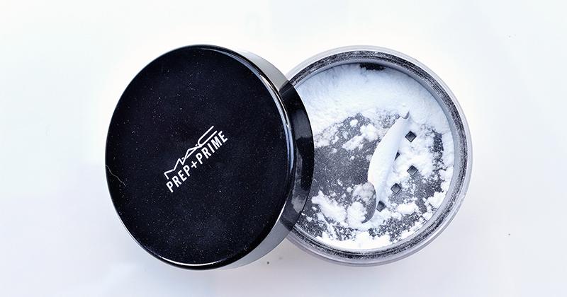 Phấn Phủ Dạng Bột Kiềm Dầu MAC Prep + Prime Transparent Finishing Powder an toàn