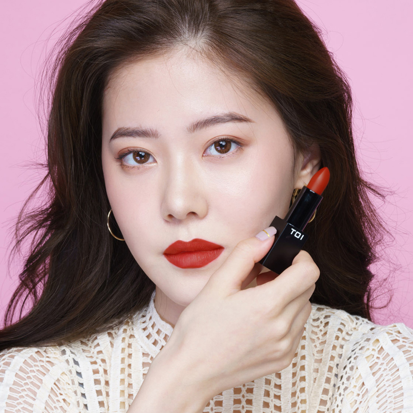 Son Thỏi Lì TOI T08 Shy Romance Matte Rouge Lipstick - Màu Đỏ Nâu Ánh Cam