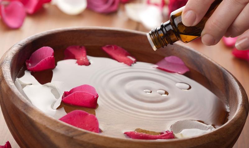 Tinh Dầu Hoa Hồng DOLLANIA Dưỡng Mặt Và Toàn Thân Rose Fragrance dùng nhiều mục đích