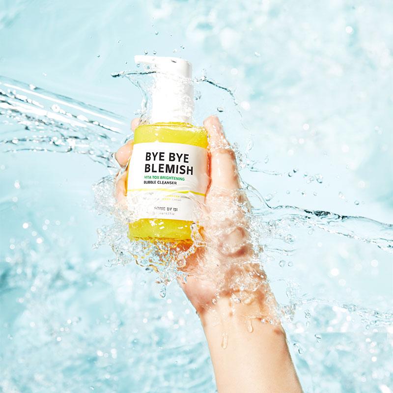 Gel Rửa Mặt Some By Mi Sủi Bọt Làm Sạch & Sáng Da Bye Bye Blemish Vita Tox Brightening Bubble Cleanser