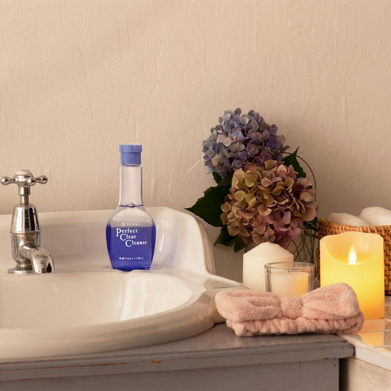 Gel Rửa Mặt Tẩy Trang Senka Perfect Clear Cleanser 170ml