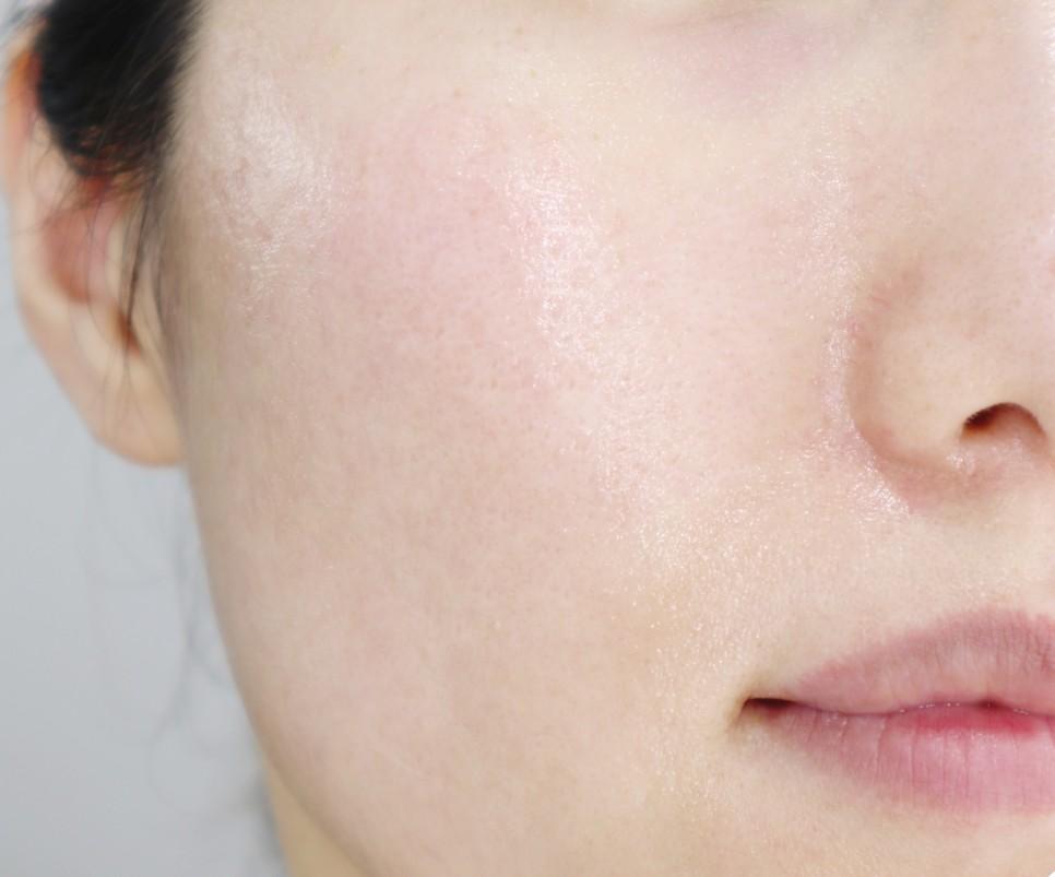 9Wishes Rice Radiance Cream texture 50ml