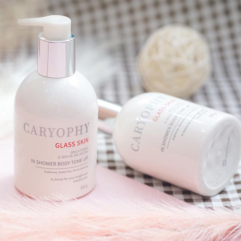 Kem Dưỡng Caryophy Trắng Sáng Da Body Che Khuyết Điểm Glass Skin 3 in 1 Shower Tone Up