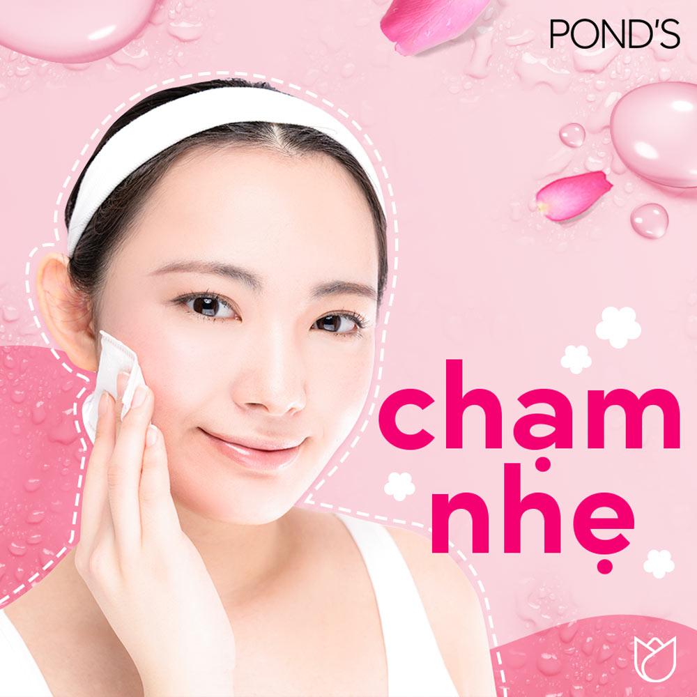Nước Tẩy Trang Pond's Vitamin Và Hoa Hồng Sáng Da
