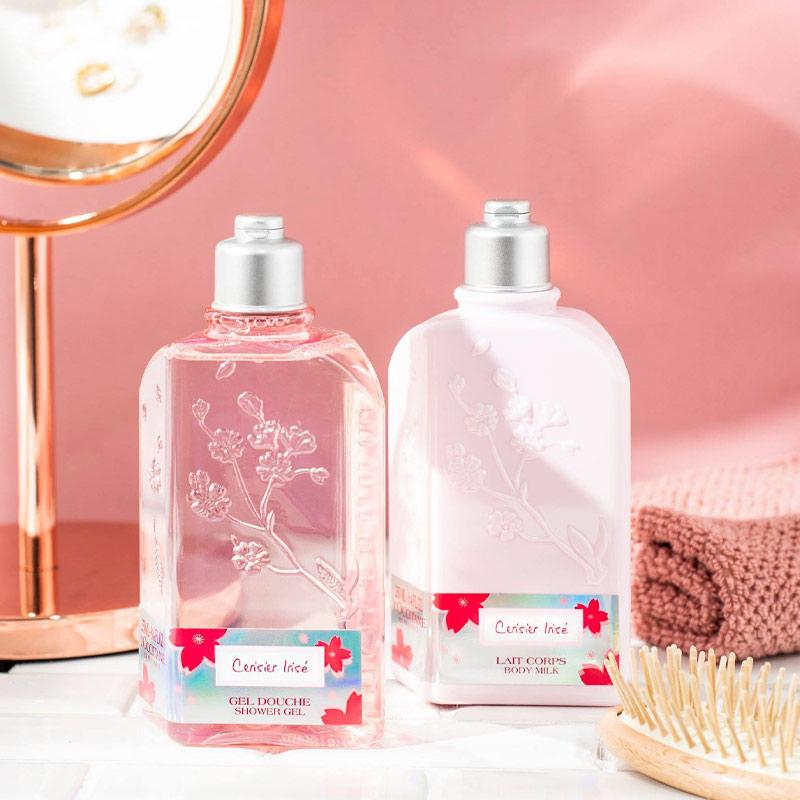 Sữa Dưỡng Thể L'Occitane Hương Hoa Anh Đào Cherry Blossom Shimmered Lotion 250ml
