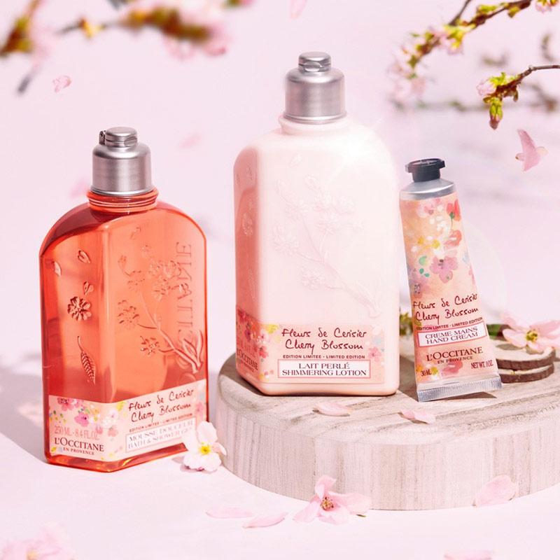 Sữa Dưỡng Thể L'Occitane Hoa Anh Đào Cherry Blossom Shimmered Lotion (Limited Edition) 250ml (Bản Giới Hạn)