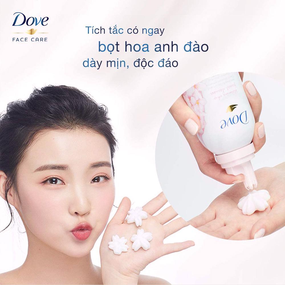 Sữa Rửa Mặt Dove Tinh Chất Hoa Anh Đào 150g