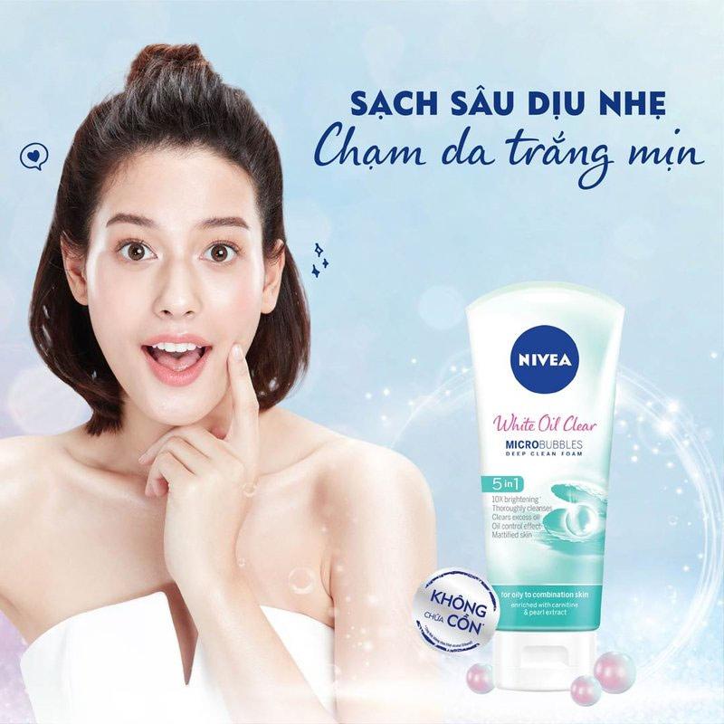 Sữa Rửa Mặt Nivea Dưỡng Sáng Da, Sạch Nhờn White Oil Clear Micro Bubbles Deep Clean Foam 5IN1