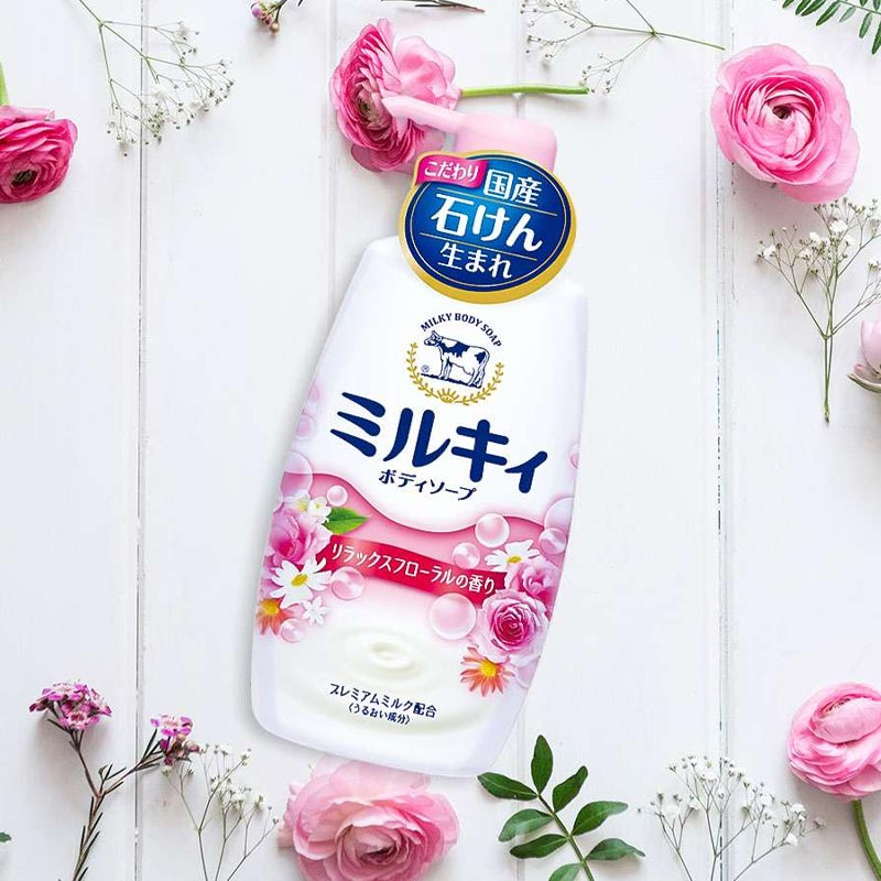 Sữa Tắm Milky Body Soap COW Hương Hoa Hồng Milky Body Soap Floral Soap Scent 550ml