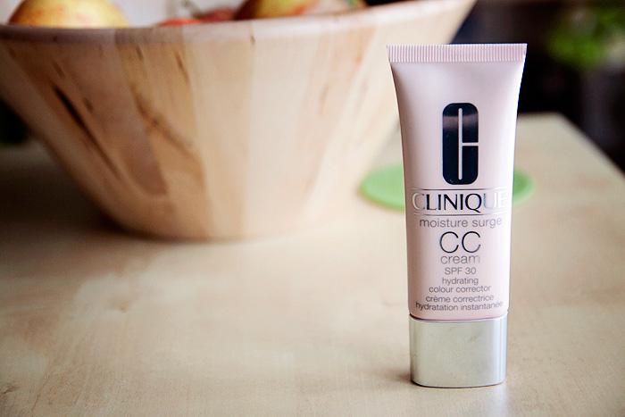 Kem CC Cream CLINIQUE Moisture Surge SPF 30 Natural Fair 40ml