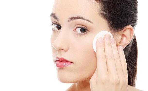 Nước Hoa Hồng Dạng Sữa Giúp Phục Hồi Độ Ẩm Cho Da Skin Recovery Enriched Calming Toner 190ml