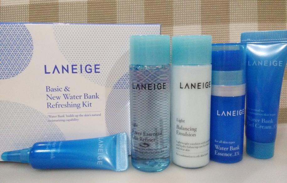 Bộ Dưỡng Ẩm Cung Cấp Nước Chuyên Sâu Laneige Basic & Water Bank Refreshing Kit