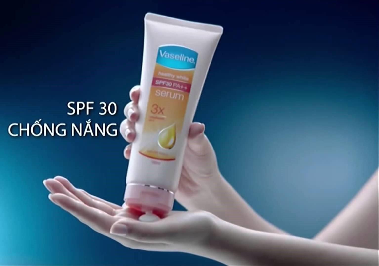 Sữa Dưỡng Thể Trắng Da Healthy White SPF30 PA++ Serum 180ml